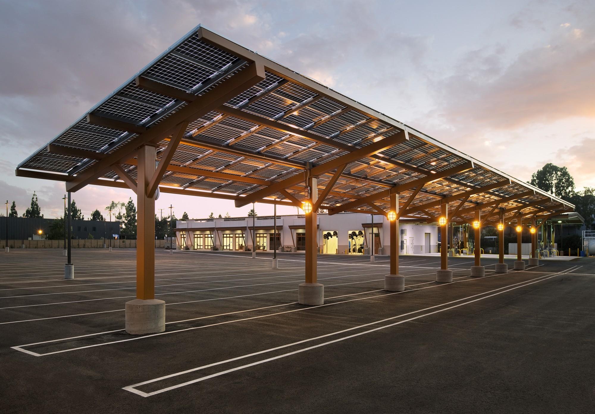 Solar Canopies En Laad Infrastructuren De Groene Energie